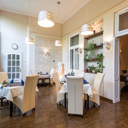 Hotel Romantik Eger - Reggeliző